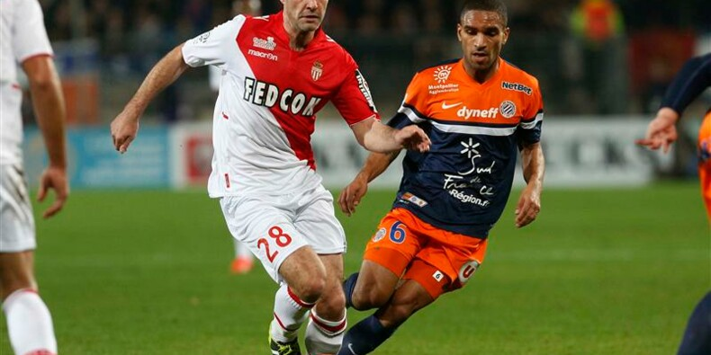 Ligue 1: Monaco laisse le PSG seul en tête