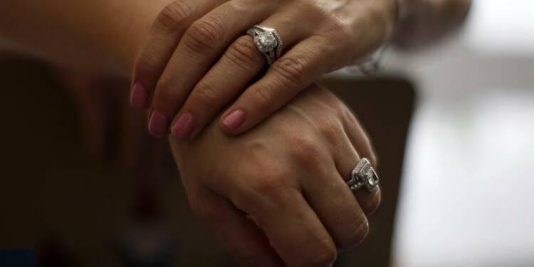 Enquête après le refus d'une maire de marier deux femmes