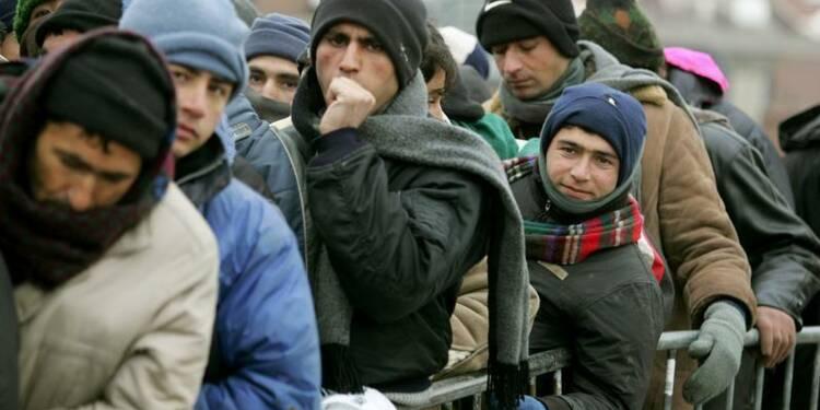Manuel Valls veut réformer une politique d'asile dépassée