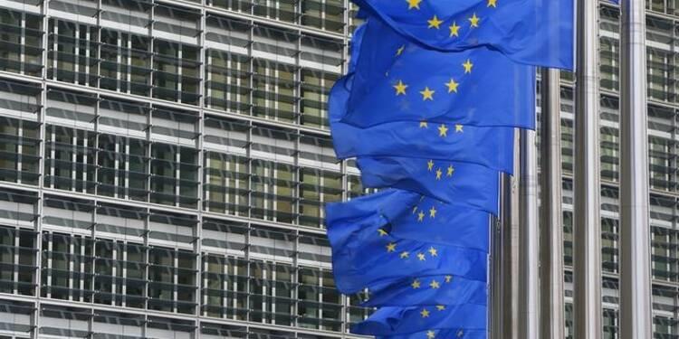 Juncker pas le seul candidat pour la Commission, dit Renzi