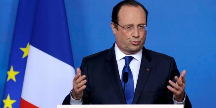 Hollande dénonce la référence de Sarkozy à la Stasi