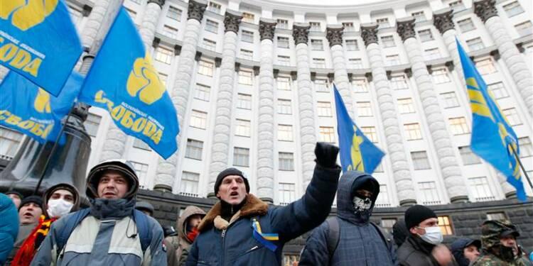 Le gouvernement ukrainien déjoue le blocus des opposants