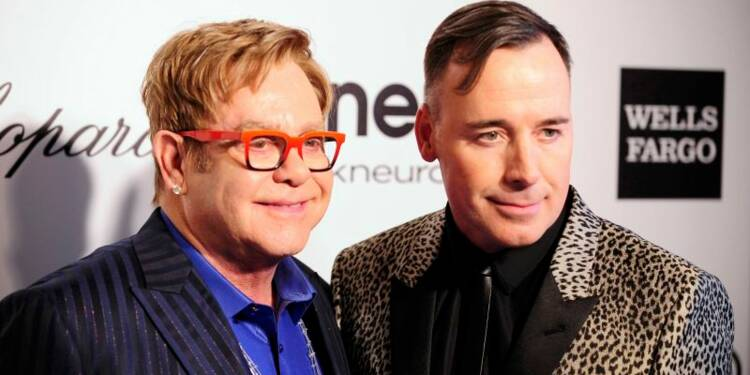 Elton John annonce son prochain mariage avec son compagnon
