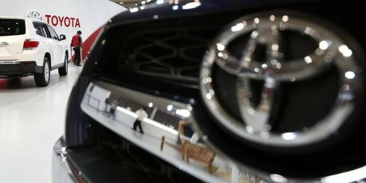 Toyota va racheter pour 360 milliards de yens d'actions