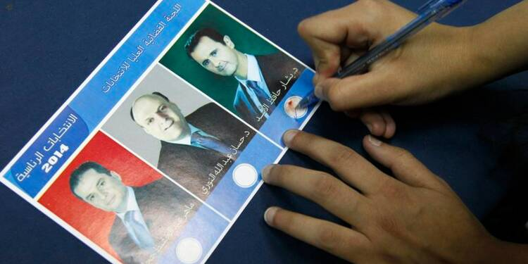 Bachar al Assad réélu à une écrasante majorité