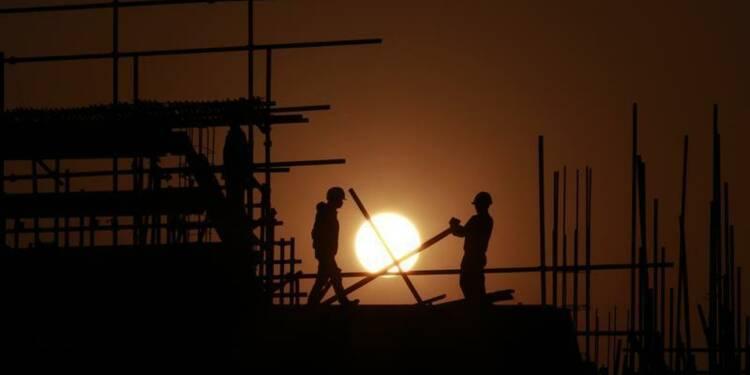 Le FMI abaisse encore ses prévisions mondiales de croissance