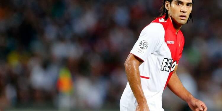 Ligue 1: Monaco et Lyon commencent par des victoires