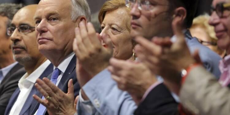 """Ayrault adresse un """"message de confiance"""" sur la retraite"""