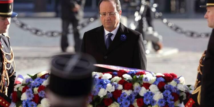 Hollande hué sur les Champs-Elysées, 70 personnes interpellées