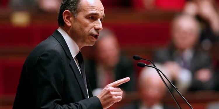 Copé exhorte Hollande à rompre avec l'extrême-gauche