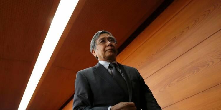 La Banque du Japon voit l'inflation atteindre plus de 2%