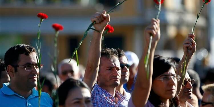 Les manifestants se rassemblent de nouveau place Taksim