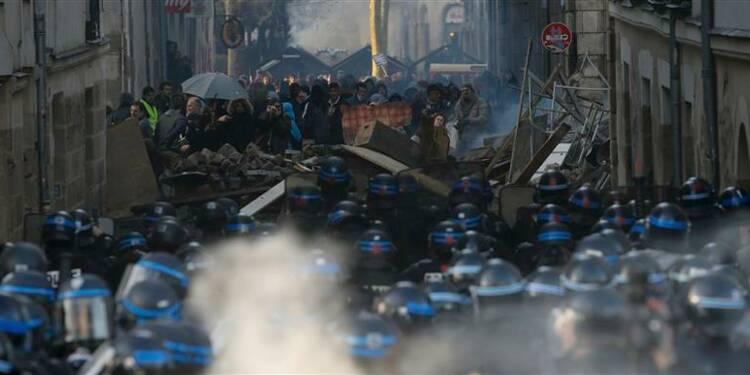 Heurts à Nantes lors d'une manifestation contre le futur aéroport