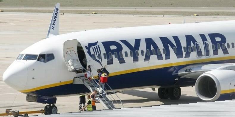 Ryanair table sur un rebond de ses bénéfices