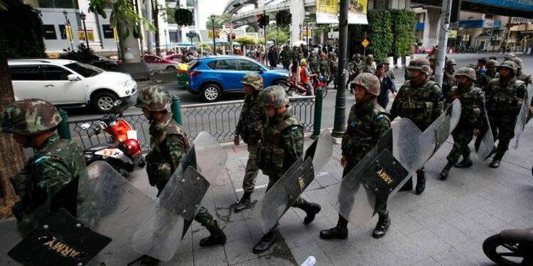 Les forces thaïlandaises en alerte dans le centre de Bangkok