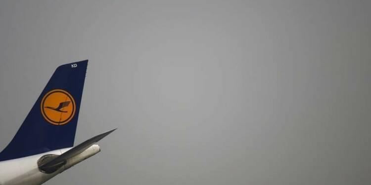 Lufthansa réduit sa perte au 1er trimestre