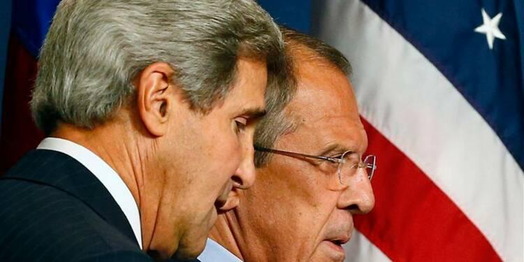 L'option militaire toujours sur la table, dit Kerry à Genève