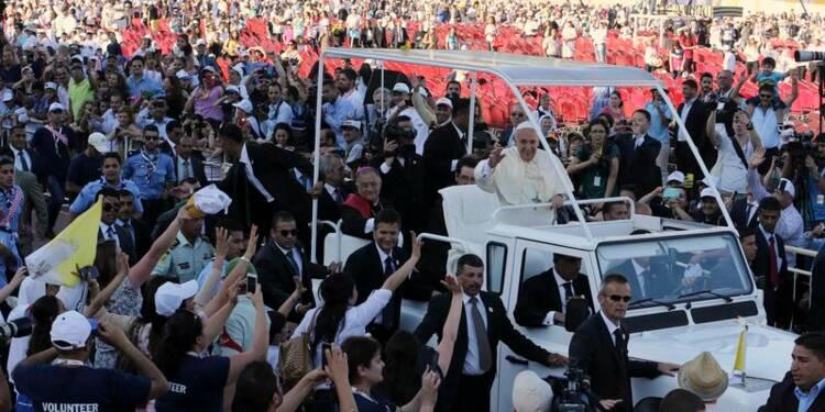 En Jordanie, le pape lance un appel à la paix en Syrie