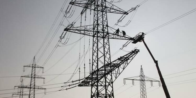 Près de 95.000 foyers encore sans électricité