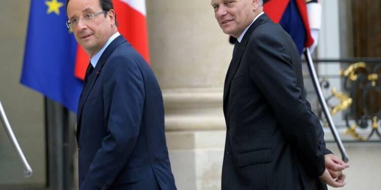 Cote de confiance stable pour Hollande, en hausse pour Ayrault