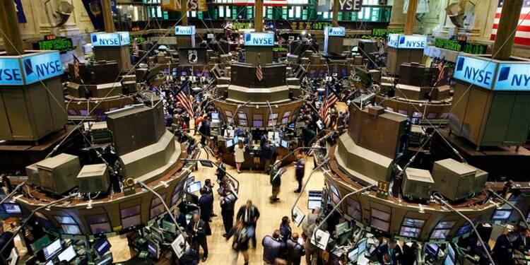 Pendant l'orage, l'investissement continue à Wall Street