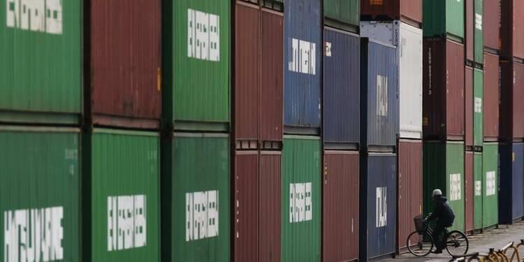 Les exportations ont baissé de 2,9% annuellement au Japon