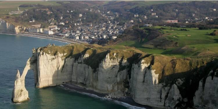 Manche-Normandie : jusqu'à 20% de baisse pour les villas situées dans les terres