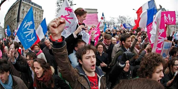 Hollande garde le cap sur le mariage gay malgré la mobilisation