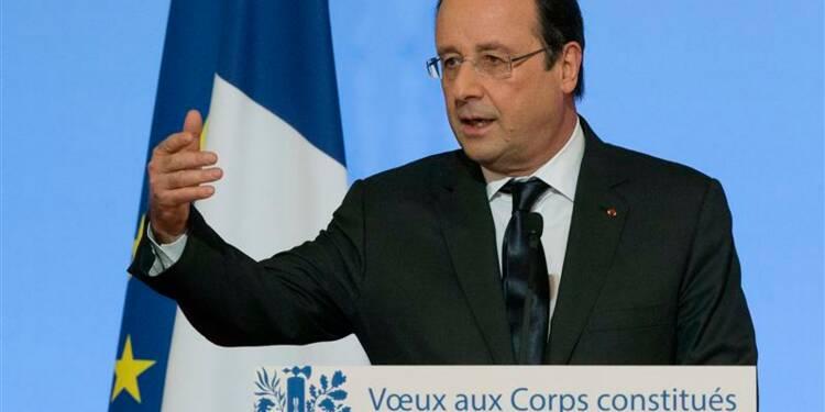 L'Etat doit changer, dit François Hollande à ses représentants