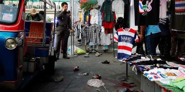 Une bombe tue un enfant à Bangkok et fait 24 blessés