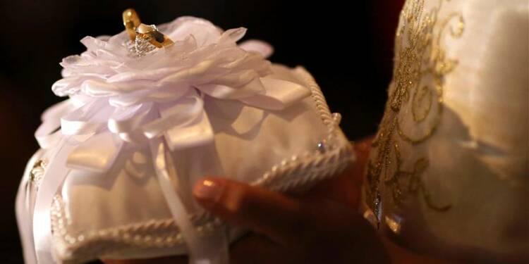 Pas de remariage pour les catholiques divorcés, dit la Vatican