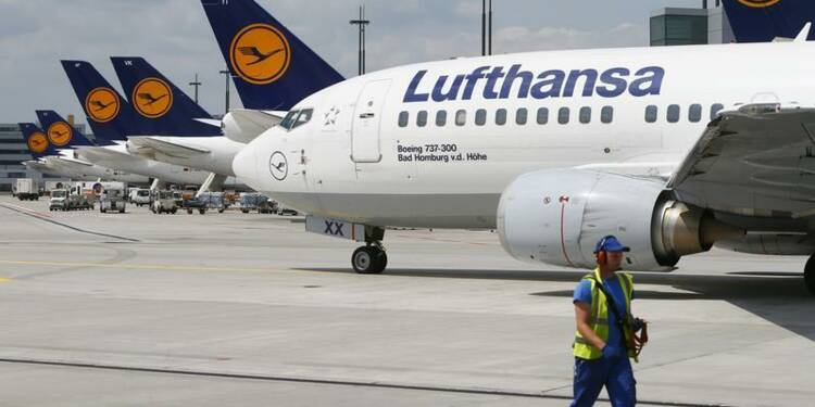 Lufthansa confirme ses objectifs, le titre grimpe