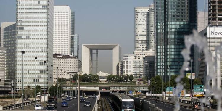 Ayrault favorable à une suppression des départements de la première couronne de Paris