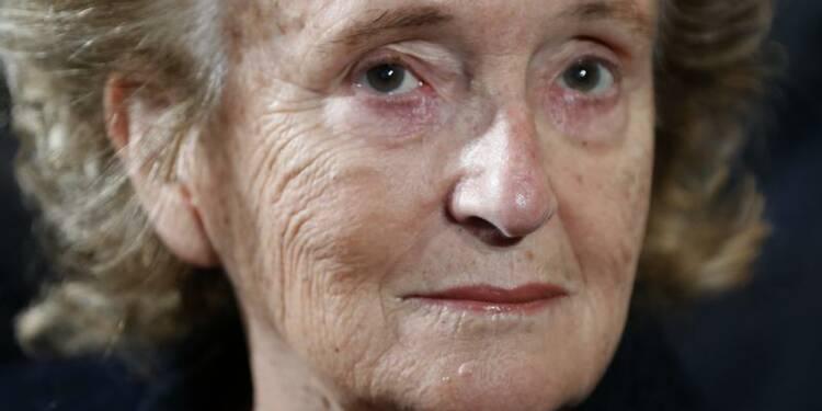 Bernadette Chirac en guerre contre la suppression de son canton
