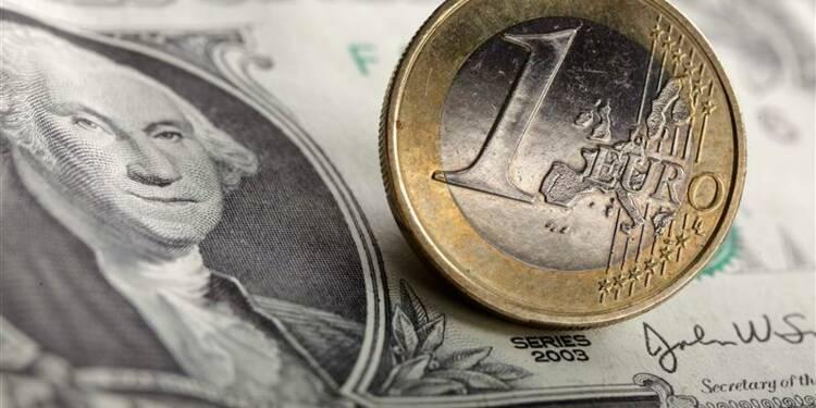 L'euro au plus haut depuis plus de deux ans face au dollar