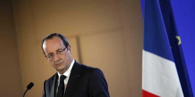 Hollande adresse ses salutations au nouveau pape François Ier