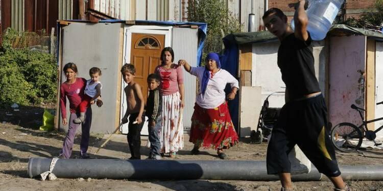 Bartolone veut interdire la mendicité des Roms avec enfants