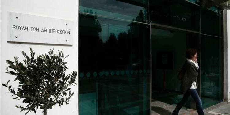 Le Parlement chypriote rejette la taxe sur les comptes bancaires
