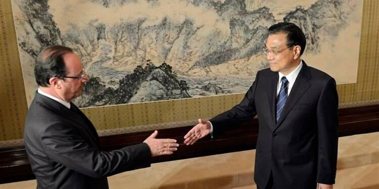 Hollande entame au pas de charge son dernier jour en chine