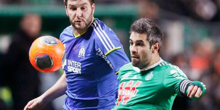 Ligue 1: Lyon profite du surplace général
