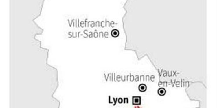 Un camp de Roms détruit par un incendie près de Lyon