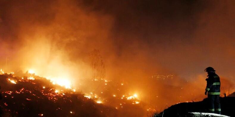 Un incendie dévaste une partie de Valparaiso, huit morts