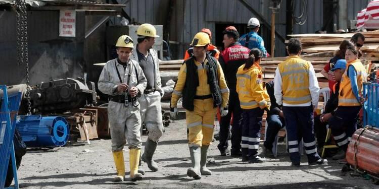 Les opérations de secours vont prendre fin dans la mine de Soma
