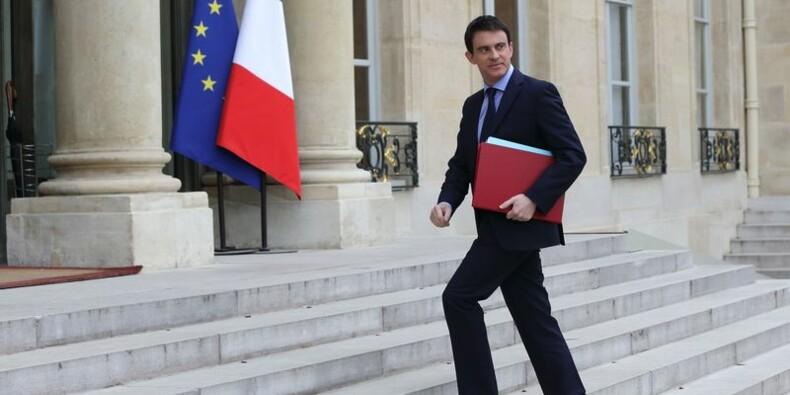Manuel Valls évoque un séisme, mais maintient son cap