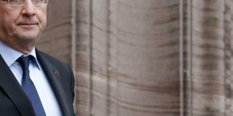 Sondage : Hollande monterait chez les cadres, baisserait chez les ouvriers