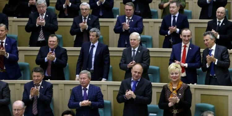 Les élus russes abrogent le droit d'intervenir en Ukraine