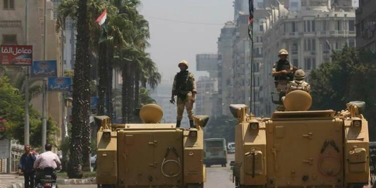 L'armée égyptienne se déploie aux points névralgiques