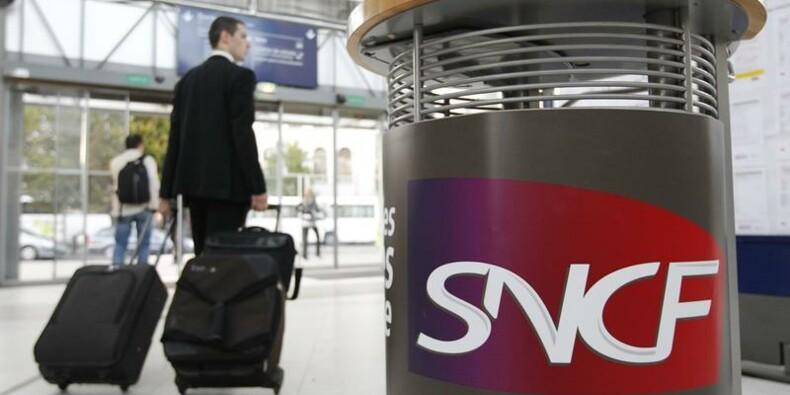 Déficitaire, la SNCF veut économiser 350 millions d'euros en 2014