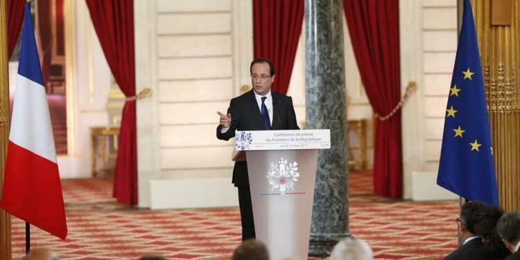 """François Hollande à """"l'offensive"""" sur le front européen"""