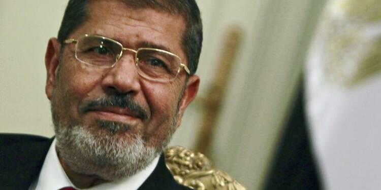 Mohamed Morsi déclare l'état d'urgence dans trois villes d'Egypte